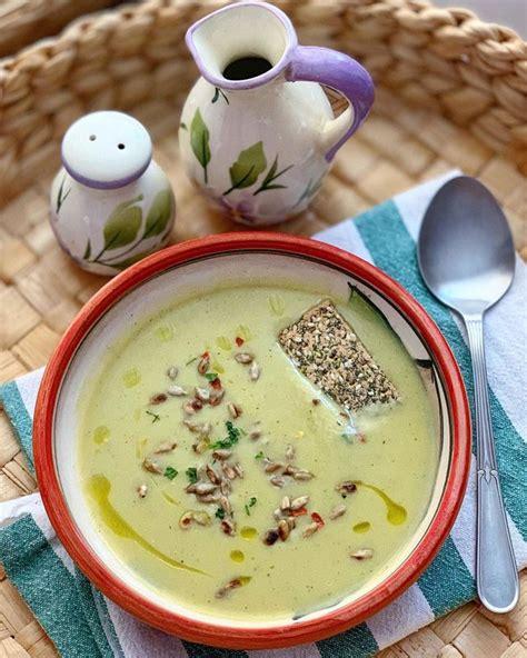 Supë krem me kunguj, patate dhe thjerrëza portokalli - Pjata kryesore