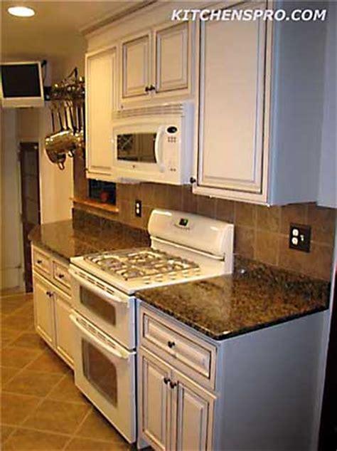 white glazed maple kitchen cabinets  bathroom vanities