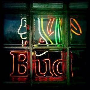 Wiki Neon Sign Blog NHL Chicago Blackhawks Bud Light