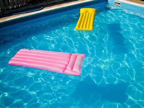 Swimming Pool Float Rafts
