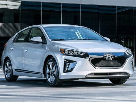 Feb 26, 2021 · overview. Top Consumer Rated Electric Cars of 2019 | Kelley Blue Book
