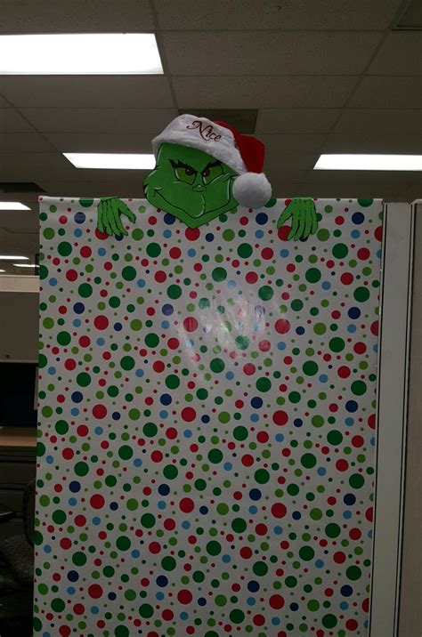 nosey grinch cubicle decoration christmas office