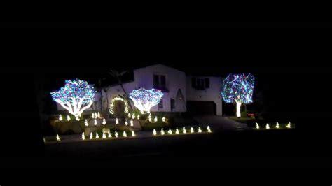 christmas light wars christmas decorating