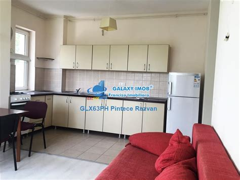 De vanzare apartament 2 camere, mobilat bloc 2010, zona