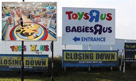 Toys 'r' Us Set To Sell Geoffrey The Giraffe Mascot And
