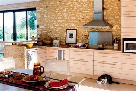 cuisine dans maison ancienne cuisine moderne maison ancienne chaios com