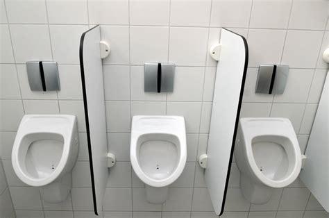 calcaire dans les toilettes comment enlever le tartre dans les wc maison design lcmhouse
