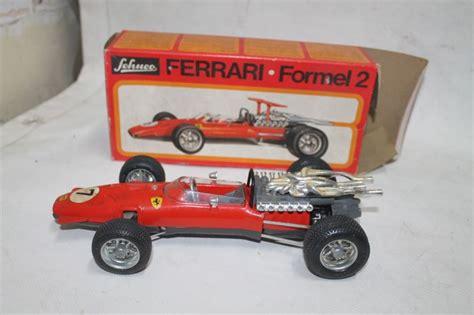 Saknas bakvinge + nyckel tyvärr. Schuco - 1073 - Car Ferrari Formel 2 - Catawiki