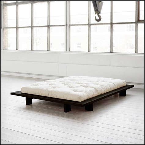 Bett 180x200 Ohne Kopfteil by Bett Wei 223 180x200 Ohne Kopfteil Betten House Und Dekor