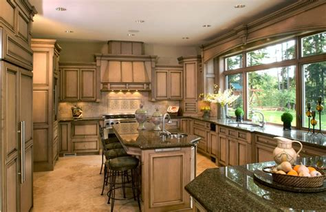 25 Exciting Traditional Kitchen Designs And Styles