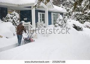 Snowy House Stock Images, Royalty-Free Images & Vectors ...
