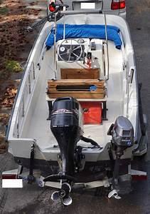Sold 1989 Boston Whaler Montauk