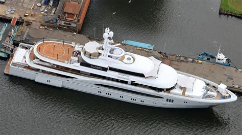 Yacht Global by Superyacht Global Extended To 74m In L 252 Rssen Refit Boat