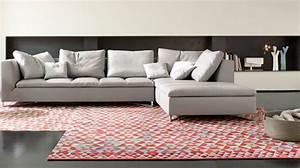 Canape Design Et Confortable : canap d 39 angle en tissu cuir design contemporain c t maison ~ Teatrodelosmanantiales.com Idées de Décoration
