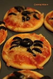 Recette Apéro Halloween : halloween 15 mini pizzas araign es cooking milie ~ Melissatoandfro.com Idées de Décoration
