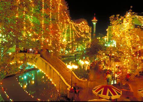 2011 san antonio river parade lighting ceremony