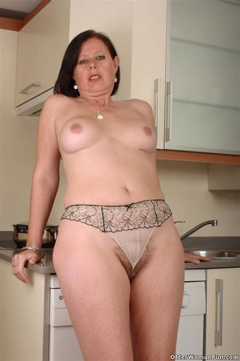 British Milf Julie Lowers Her Panties Pichunter
