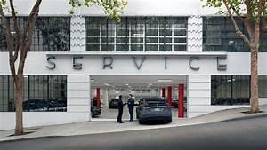 Tesla Service Struggles To Keep Up With Sales Volume