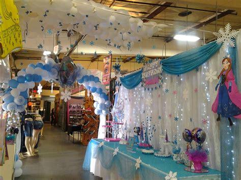 decoracion de frozen  cumpleanos figuras de globos