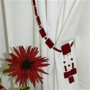 Embrasse Pour Rideaux : embrasse pour rideau rouge d 39 hiver isa m ~ Teatrodelosmanantiales.com Idées de Décoration