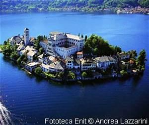 Poetisch Kleine Insel : der ortasee in italien ~ Watch28wear.com Haus und Dekorationen