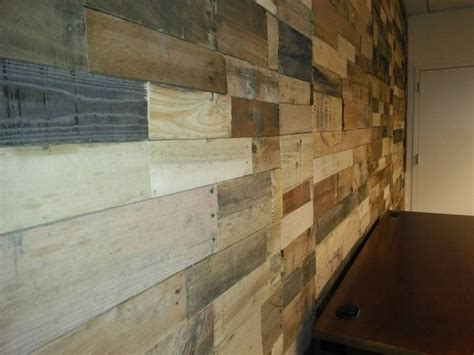 Pallet Wood Powered Accent Wall Pallet Ideas