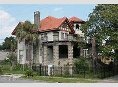 Crumbling Mansions for Under $100,000 Zillow Porchlight