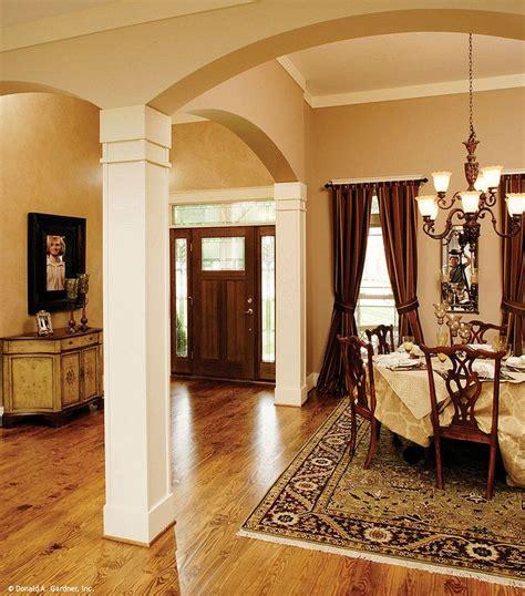 plan   yankton interior columns house plans home