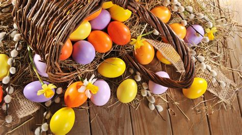 wallpaper easter eggs  holidays