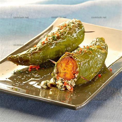 recette cuisine grecque photo culinaire poivrons farcis à la grecque cooklook