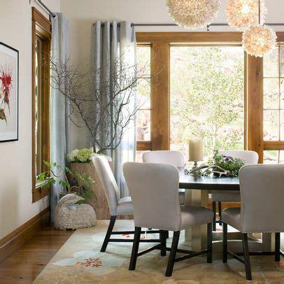 room  natural wood trim    light