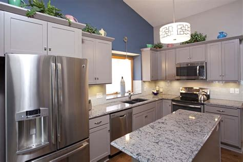 apple valley kitchen cabinets project feature greige painted cabinets apple valley 4165