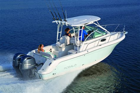 Robalo Boat Images by 2016 Robalo 265 Walkaround Gallery