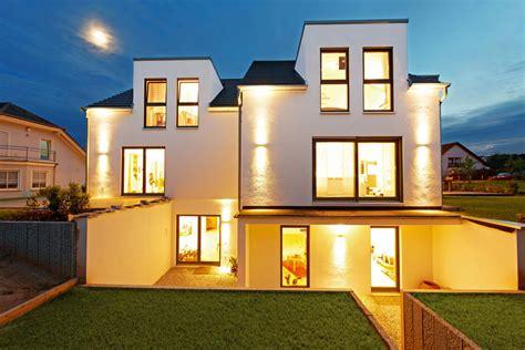 Häuser Mit Einliegerwohnung by Das Plus An Haus H 228 User Mit Einliegerwohnung 187 Livvi De