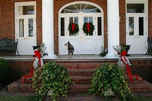 1000+ images about Winter Front Door Entrys on Pinterest ...