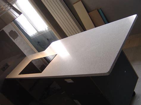 granit blanc cuisine cuisine granit blanc stoneline granitier agenceur