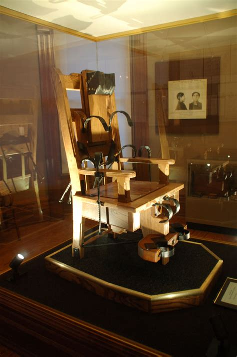 Electric Chair Execution Wrong by Electric Chair Wrong Pictures To Pin On