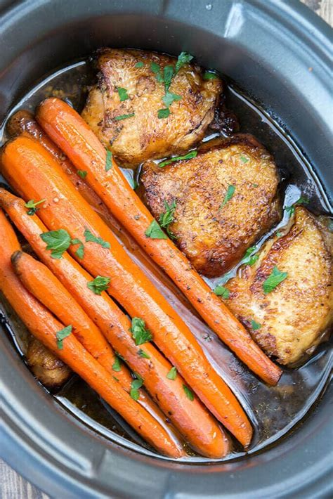 Great crockpot recipe that's soooo easy to make!submitted by: Slow Cooker Balsamic Chicken with Carrots - Slow Cooker ...
