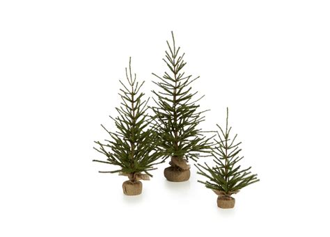 awesome picture of natural looking artificial christmas