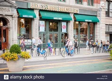 Barnes And Noble Stock Photos & Barnes And Noble Stock