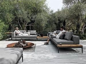 Lounge Sofa Outdoor : grid sofa grid outdoor lounge collection by gloster design henrik pedersen exterior ~ Frokenaadalensverden.com Haus und Dekorationen