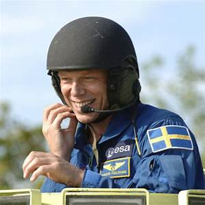 Astronauts Driving - Pics about space