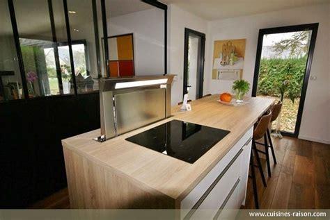 cuisine style industriel une cuisine avec verrière l 39 atout charme d 39 une cuisine