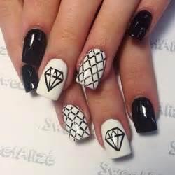 Stylish black white nail art designs for creative juice