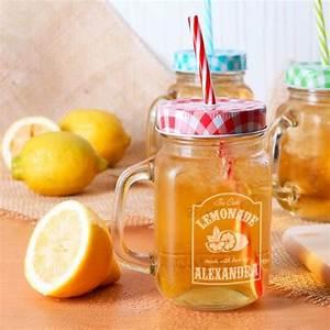 Trinkglas Mit Gravur : trinkglas mason jar im set mit gravur des namens im limonaden etikett geschenke ~ Eleganceandgraceweddings.com Haus und Dekorationen