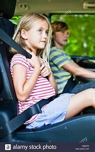 Im Sitzen Schlafen : m dchen sitzen im auto kindersitz stockfoto bild 55570342 alamy ~ Watch28wear.com Haus und Dekorationen
