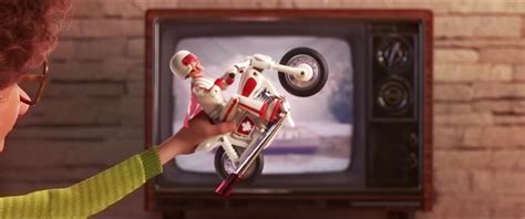 toy story  ad reveals keanu reeves canadian stuntman