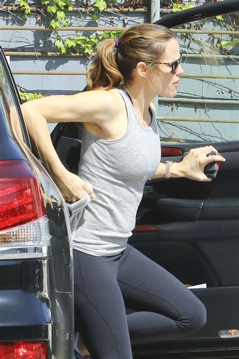 jennifer garner booty  tights   beverly hills
