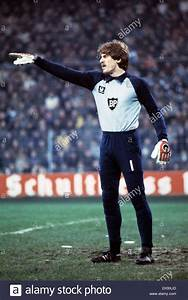 Ulrich Stein Hamburg : fu ball bundesliga 1980 1981 ruhrstadion vfl bochum vs hamburger sv 0 3 szene des spiels ~ Frokenaadalensverden.com Haus und Dekorationen