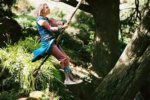 Bridge to Terabithia: Good, But Imagination Can Do Better ...